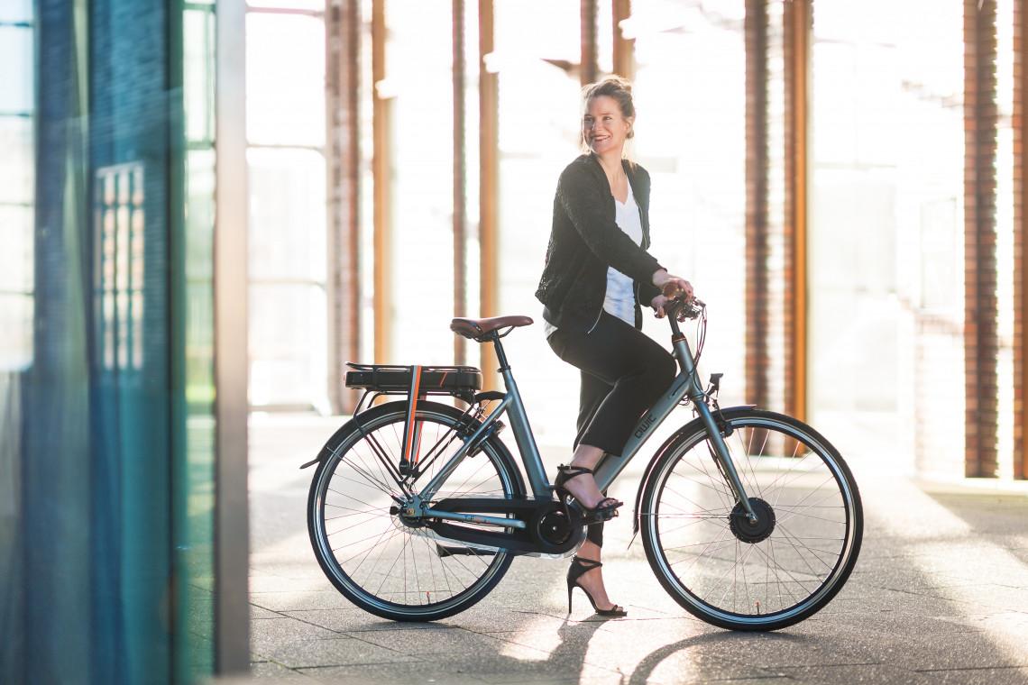 elektrische damenfahrr der qwic design e bikes aus holland. Black Bedroom Furniture Sets. Home Design Ideas